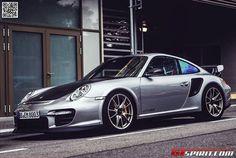 Porsche GT2 RS..