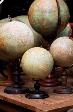 Vintage Globes....on my Christmas wish list!