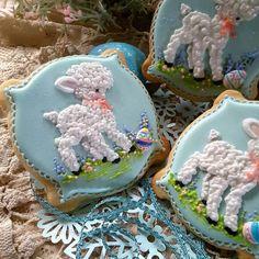 Easter lambs  - cake by Teri Pringle Wood
