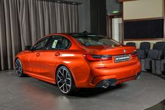 2019 Bmw 3 Series M Performance Interior - picture. Bmw 3 Series Gt, New Bmw 3 Series, Bmw 3 Series Sedan, Bmw 320d, Bmw Cars, Abu Dhabi, Bmw 3 Touring, Bmw Tuning, Console Centrale