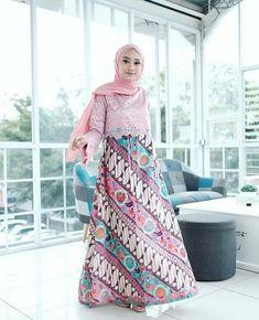 Kebaya Modern Dress, Kebaya Dress, Model Dress Batik, Batik Dress, Muslim Fashion, Hijab Fashion, Fashion Outfits, Dress Batik Kombinasi, Batik Muslim