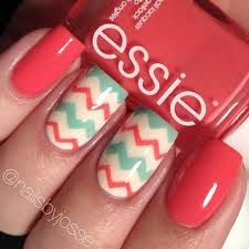 Chevron nail art designs have evolved into big nail trends these days. More and more ladies would want a chevron nail art, which really rock and can be worn Get Nails, Fancy Nails, Love Nails, Pretty Nails, Hair And Nails, Sparkly Nails, Chevron Nails, Mint Chevron, Coral Aqua