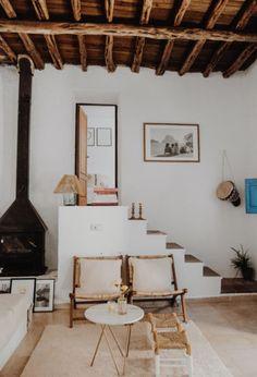 Interior Design Living Room, Interior Decorating, Ibiza Fashion, Compact Living, Rustic Elegance, Decoration, Interior And Exterior, Space Ibiza, Small Spaces
