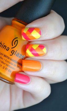 Braided nails ! http://www.feminiya.com/category/beauty-make-up/make-up/