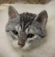 Felted cat head #feltedcat #needlefeltingtutorials