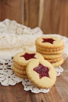 Syltetøykaker - My Little Kitchen Little Kitchen, Cheesecake, Cookies, Desserts, Food, Crack Crackers, Tailgate Desserts, Deserts, Cheesecakes