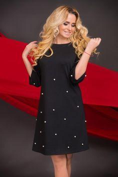 Cute dress! #ilovepolkadots