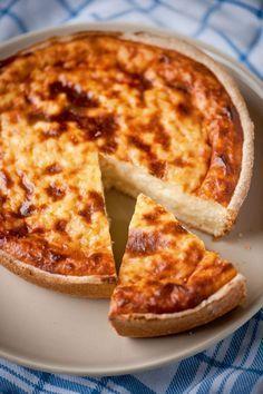"Belgian recipe in Dutch for rice pie or ""Rijsttaart"" Dutch Recipes, Baking Recipes, Sweet Recipes, Cake Recipes, Dessert Recipes, Sweet Desserts, No Bake Desserts, Belgian Food, Beignets"