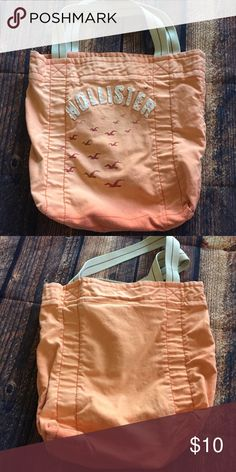 Hollister Tote Bag Hollister tote bag in a beautiful ombré! Great condition, aside from the marking on the back. No trades. Hollister Bags Totes