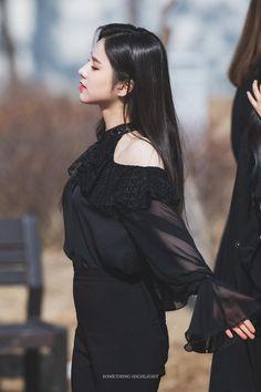 Jeon Hee Jin © Something Highlight Extended Play, South Korean Girls, Korean Girl Groups, Hot Pink, Stylish Girl Pic, Olivia Hye, 1 Girl, These Girls, Girls Generation