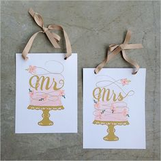 guess what's ready for your downloading pleasure? our new mr. & mrs. cake signs! come and get 'em!
