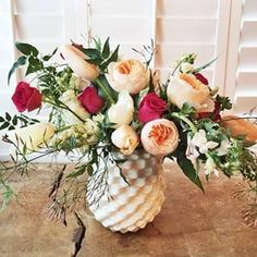 Loving this gorgeous arrangement created by @lafetefloral in our Rati vase! #valentinesday #flowers #spring