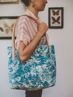 Hey, I found this really awesome Etsy listing at https://www.etsy.com/listing/185771941/blue-mountain-tote-ii