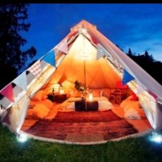 This would make the sweetest date night ever..