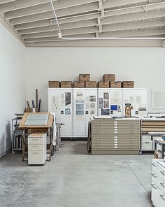 Shed & Studio, Den Room Type, and Storage Space Room Type Rolling cabinets by Sandusky proved a handy storage solution in Hutchins's studio. Photo 7 of 12 in This Light-Filled Industrial Renovation Plays Host to Live Music Dream Studio, Home Studio, Studio Spaces, Office Workspace, Office Decor, Interior Work, Interior Design, Art Atelier, Warehouse Living