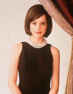 Picture: Parker Posey in 'The House of Yes.' Pic is in a photo gallery for Parker Posey featuring 12 pictures. Parker Posey, Classic Outfits, Classic Style, Looks Style, My Style, Style Hair, She's A Lady, Hollywood, Preppy Style
