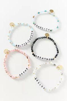 Cute Jewelry, Modern Jewelry, Beaded Jewelry, Diy Beaded Bracelets, Diy Bracelets Easy, Letter Bead Bracelets, Teething Bracelet, Baby Bracelet, Homemade Bracelets