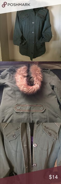 Woman green military jacket Lightly used jacket. Barely used, wore once or twice. No rips or tares. Jackets & Coats Utility Jackets