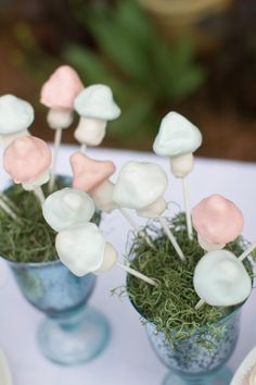 Mushroom Cake Pops! Smarty Parties: Time for Tea! Alice in Wonderland-inspired tea party. Photo by stelladolcephotography.com