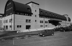 Stazione di Lambrate a Milano, 1983 - 1999: Ignazio Gardella con Jacopo Gardella e Mario Valle Engineering - Immagine dell'Archivio Storico Gardella ©, Milano