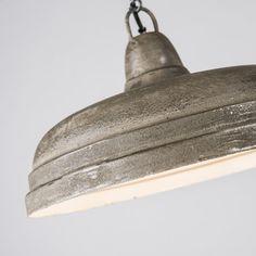 Pendelleuchte Rough 1 Hingucker für Ihre Räumlichkeiten. #Pendelleuchte #Lampe #Esstischlamme #Wohnzimmerlampe