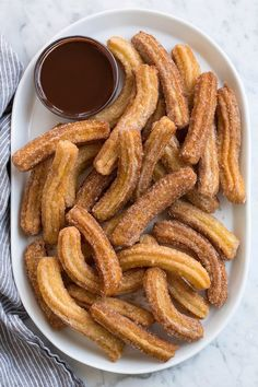 Churros & BEST churros I've ever had! via Jaclyn {Cooking Classy} Churros & BEST churros I've ever had! via Jaclyn {Cooking Classy} The post Churros & BEST churros I've ever had! via Jaclyn {Cooking Classy} & Rezepte appeared first on Food . Think Food, Love Food, Food To Go, Churro Rezept, Food Goals, Latin Food, Aesthetic Food, Food Cravings, Healthy Dessert Recipes