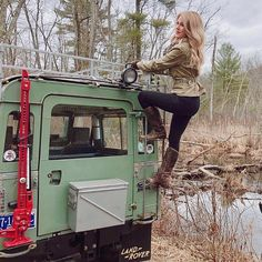 """645 Likes, 9 Comments - Land Rover Chicks  (@landroverchicks) on Instagram: """"When you reach the top keep climbing ❤️ #landroverchicks #keepclimbing #series2a #fryeboots…"""""""