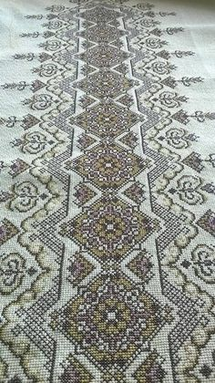 Cross Stitch Charts, Cross Stitch Embroidery, Embroidery Patterns, Cross Stitch Patterns, Bargello, Monochrome, Bohemian Rug, Needlework, Mandala