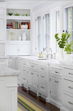 Kitchen Cabinet Paint Color: Benjamin Moore Decorators White CC-20