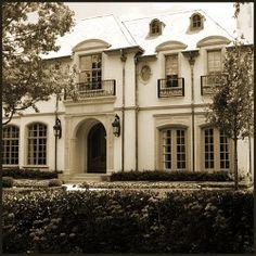 Mount Vernon in Highland Park North of Mockingbird Real Estate