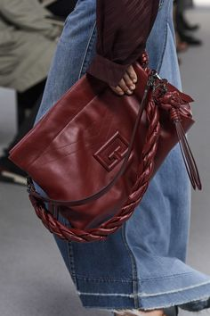 Givenchy Spring 2020 Ready-to-Wear Collection - Vogue Unique Handbags, Popular Handbags, Trendy Handbags, Cute Handbags, Cheap Handbags, Fashion Handbags, Purses And Handbags, Fashion Bags, Luxury Handbags