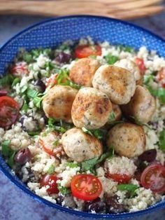 Bloemkool couscous met kip tomaten en olijven Food Inspiration, Chicken Recipes, Healthy Diet Recipes, Low Carb Recipes, Paleo Food, Yummy Recipes, Healthy Food, Yummy Food, Good Food