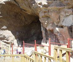 Cueva de las Manos: The Cave of Hands in Patagonia, Argentina - http://dailynerdy.com/cueva-de-las-manos-the-cave-of-hands-in-patagonia-argentina/