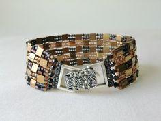 Beadwoven Bracelet Beaded Bracelet Metallic Bronze Bracelet Herringbone Stitch Bracelet Tila Bead Bracelet Seed Bead Bracelet(Etsy のCharlotteJewelryBoxより) https://www.etsy.com/jp/listing/95251748/beadwoven-bracelet-beaded-bracelet