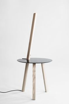 De La Tour: a lamp integrated in a table | lighting . Beleuchtung . luminaires | Design: Atelier I+N | Particulier | Photo: Myriam Ziehli & Simon Rimaz |