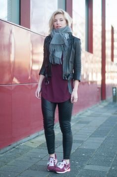 Casual winter women street style looks tênis nike md runner, sneakers outfi Sneakers Outfit Casual, Casual Outfits, Fashion Outfits, Street Style Looks, Street Style Women, Nike Md Runner, Runners Outfit, New Balance Outfit, Burgundy Sneakers
