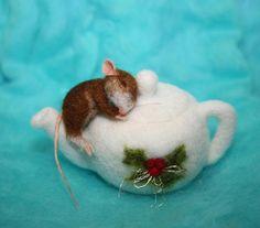 Needle Felted / Miniature / Mouse / rat / handmade gift