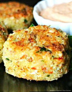 No worries, try these crispy breaded Chicken Cakes and Remoulade Sauce for a fantastic budget friendly 30 minute meal. Crab Cake Recipes, Sauce Recipes, Chicken Recipes, Cooking Recipes, Turkey Recipes, Healthy Recipes, Chicken Ideas, Turkey Dishes, Gf Recipes