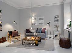 Light grey walls - I like!    Vardagsrum | Alvhem Mäkleri och Interiör