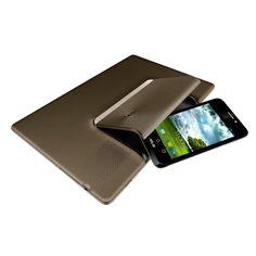 Asus PadPhone, qualcosa di nuovo e utile : un telefono che inserito in uno schermo più grande diventa un Tablet