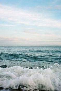 Seaside. Image via: https://www.pinterest.com/pin/529947081125730075/