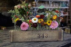 Flower arrangements by Jam Jar Flowers - inspiration for gardeners on HOUSE - design, food and travel by House & Garden.