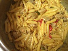 Χοιρινό με πένες αλλιώτικο από τα άλλα Pasta Salad, Kai, Macaroni And Cheese, Cabbage, Pork, Vegetables, Cooking, Ethnic Recipes, Food Ideas