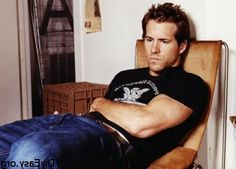 Evening Eye Candy: Ryan Reynolds