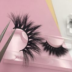 💕💕💕Want to start your own mink eyelash company ? DM me now im selling V. by Lash Vendors LIST🧚🏽♀️ Fake Lashes, 3d Mink Lashes, Mink Lash Extensions, Eyelash Brands, Magnetic Lashes, For Lash, Longer Eyelashes, Pink Aesthetic, Makeup Pics