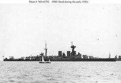 May 24 the pride of the Royal Navy, the Battlecruiser HMS Hood, confronts the pride of Hitler's Kriegsmarine, the powerful battleship DKM Bismarck. Capital Ship, Hms Hood, Naval History, Military History, Marina Real, Model Warships, Small Yachts, Big Guns, Boats