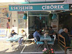 Hemen Okuyun: Kadıköy'de Çibörek Nerede Yenir? Eskişehir Çibörek, Kadıköy, İstanbul -