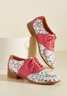 When your spiffiest shoes are also your sweetest pair, every step is a giddy skip! These ModCloth-exclusive saddle shoes - alternating bright pink panels. Pin Up Shoes, Sock Shoes, Me Too Shoes, Women's Shoes, Flat Shoes, Shoes Sneakers, Pretty Shoes, Cute Shoes, High Heel Pumps