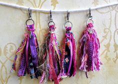 Bead Crafts, Jewelry Crafts, Tassel Keychain, Diy Keychain, Purple Handbags, Ribbon Yarn, Fabric Purses, Funky Jewelry, Purple Ribbon