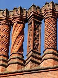 The chimneys of Hampton Court Palace Brick Architecture, Architecture Details, Ancient Architecture, Die Hamptons, Brick Art, Brick Design, Hampton Court, Brick Patterns, Brick And Stone